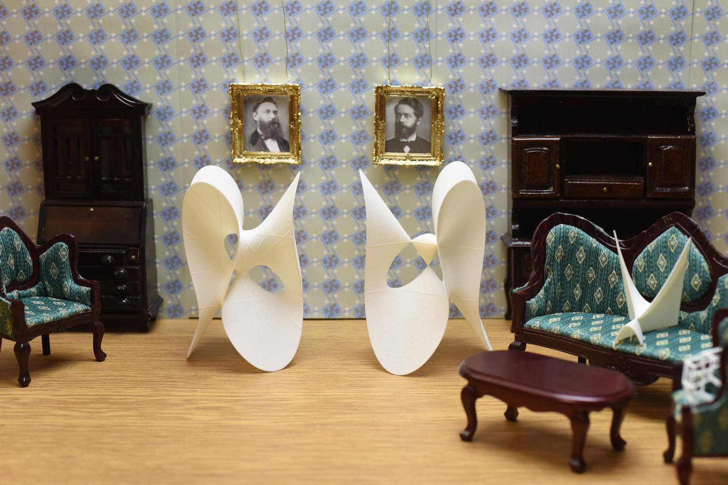 Clebsch and Klein in the family room - MO-Labs photo series: Math sculptures in context