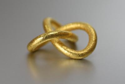 Trefoil Knot Pendant - math jewelry on math-sculpture.com